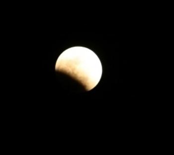 Lunar_eclipse_modified